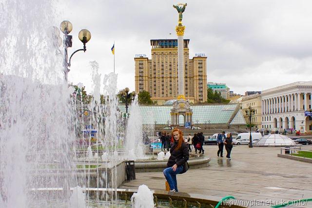 Монумент Незалежності України на площі Незалежності