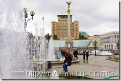 Киев. Монумент Независимости Украины на площади Независимости