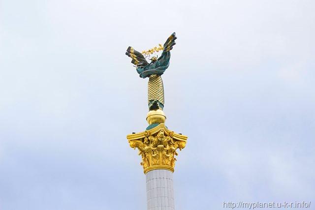 Вершина Монументу Незалежності України