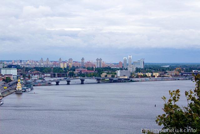 Оглядовий майданчик Киева - вид на Дніпро