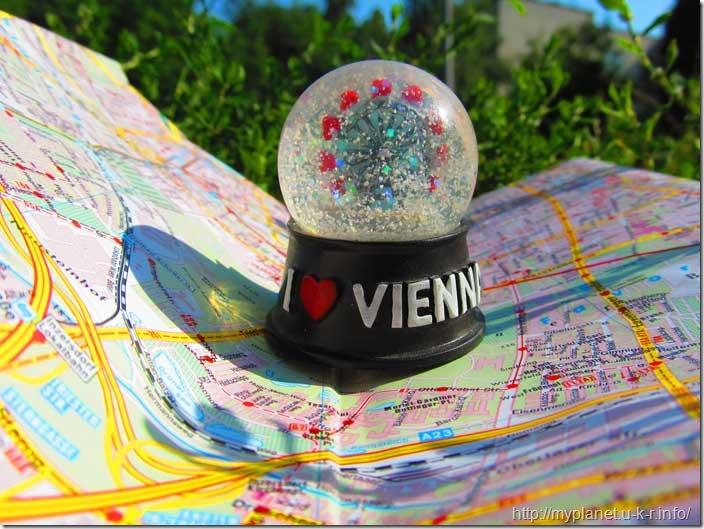 Моя сніжна куля з Відня
