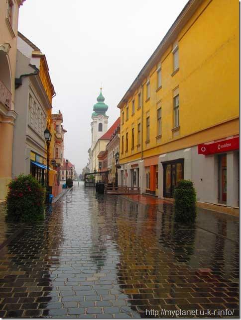 Улица в городе Дьер