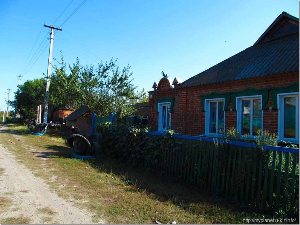 Улица в селе Угроеды Сумской области