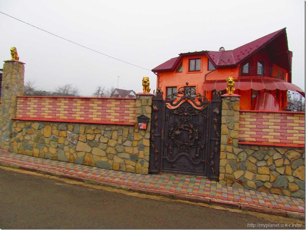 Красивый дом в Яремча