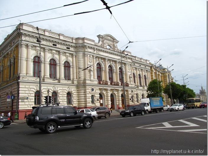 Ще один зразок не радянської архітектури