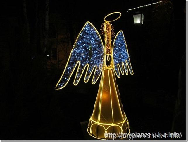А вот ангел крупным планом