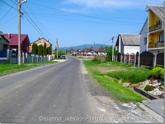 Дорога до Долины Нарциссов в селе Киреши