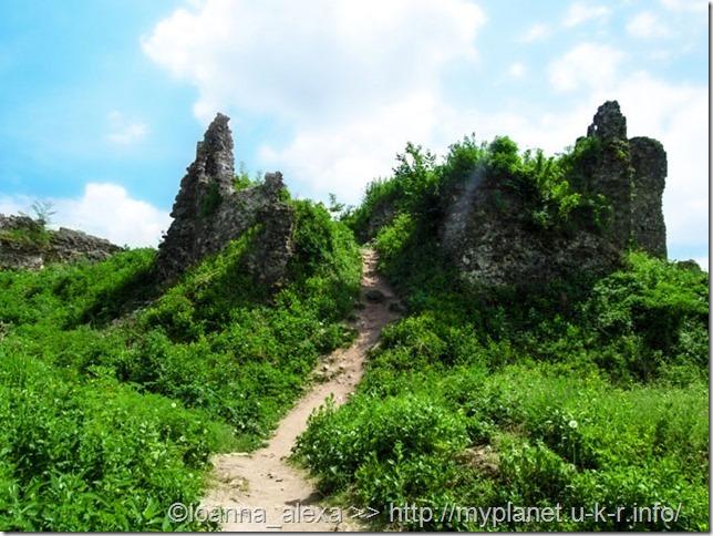 Руины Верхнего замка в Хусте