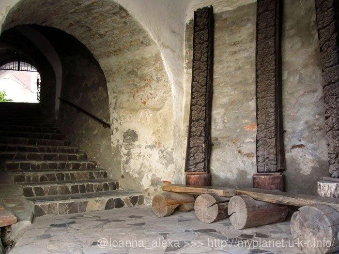 Проход через Башню Дьердя Ракоци из Среднего в Верхний Замок