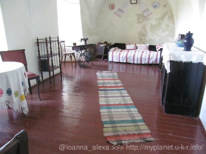 Экспозиция традиционной украинской комнаты
