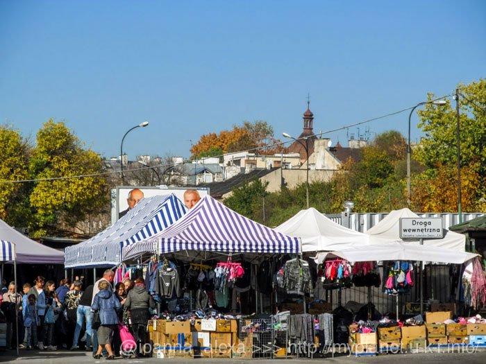 Ринок навколо автовокзалу в Любліні