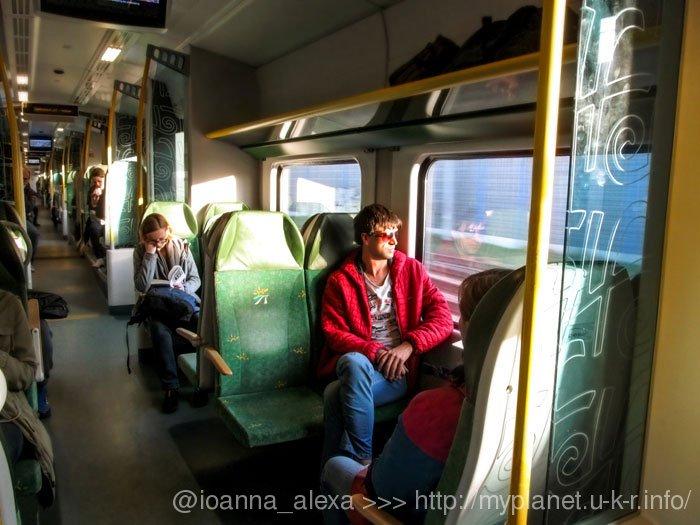 В вагоне электрички Варшава – Модлин