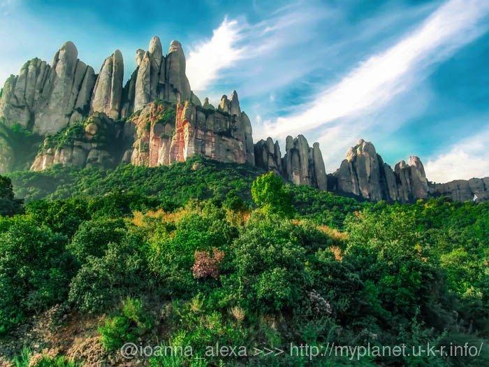 Причудливая гора Монсеррат (кат. Montserrat)