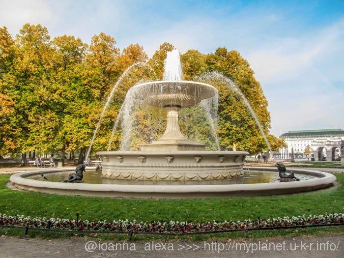 Фонтан в Саксонском саду – место встречи влюбленных